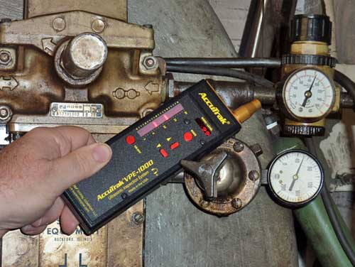 Compressed Air Leak Detector